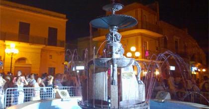 fontana zampillante vino carosino